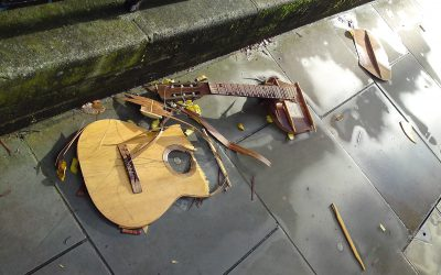 This is not the guitar you are looking for…(wave of hand)